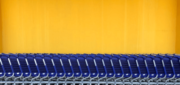 Picture of a row of shopping carts used for ecommerce