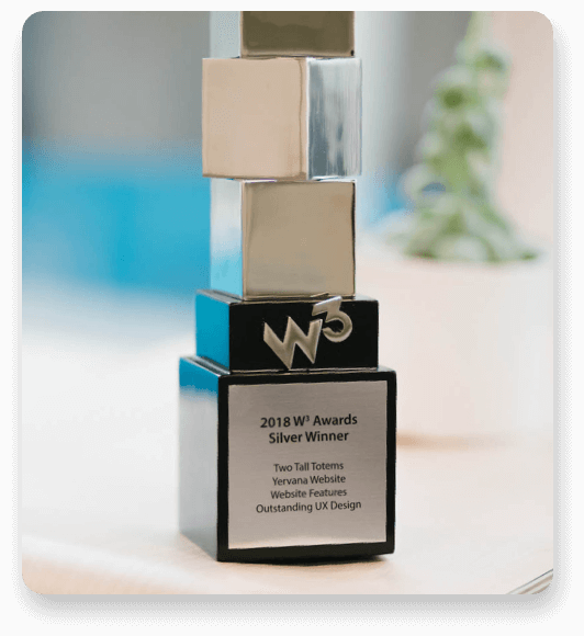 w3 award trophy for outstanding UX design