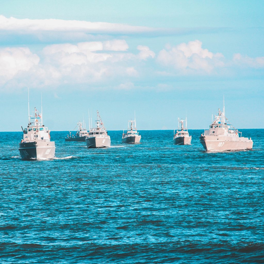Picture of a fleet of ships on the ocean